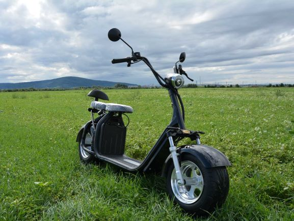 Electricka kolobezka eco chopper, city coco scooter