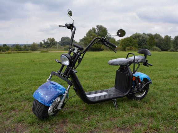 Electricka kolobezka; eco chopper; city coco scooter